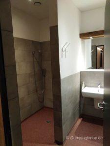 Duschkabine im neuen Sanitärhaus