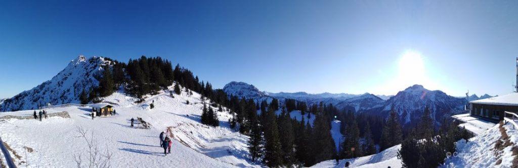 Blick in die Tiroler Alpen vom Tegelberg