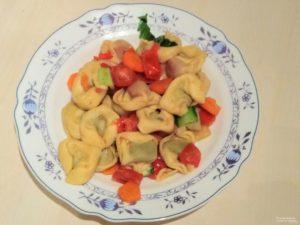 Tortellini-Gemuese-Pfanne